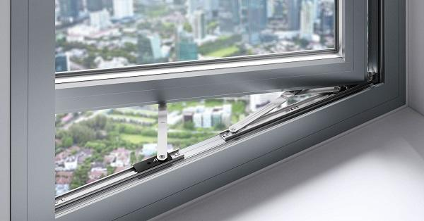 Roto Introduces FS Kempton Range Stainless Steel 4-Bar Hinges